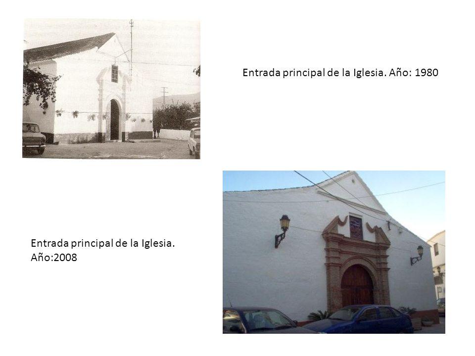 Entrada principal de la Iglesia. Año: 1980