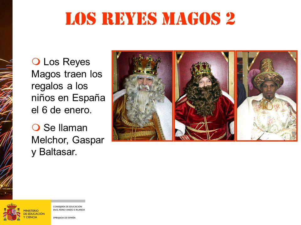 Los Reyes magos 2 m Los Reyes Magos traen los regalos a los niños en España el 6 de enero.