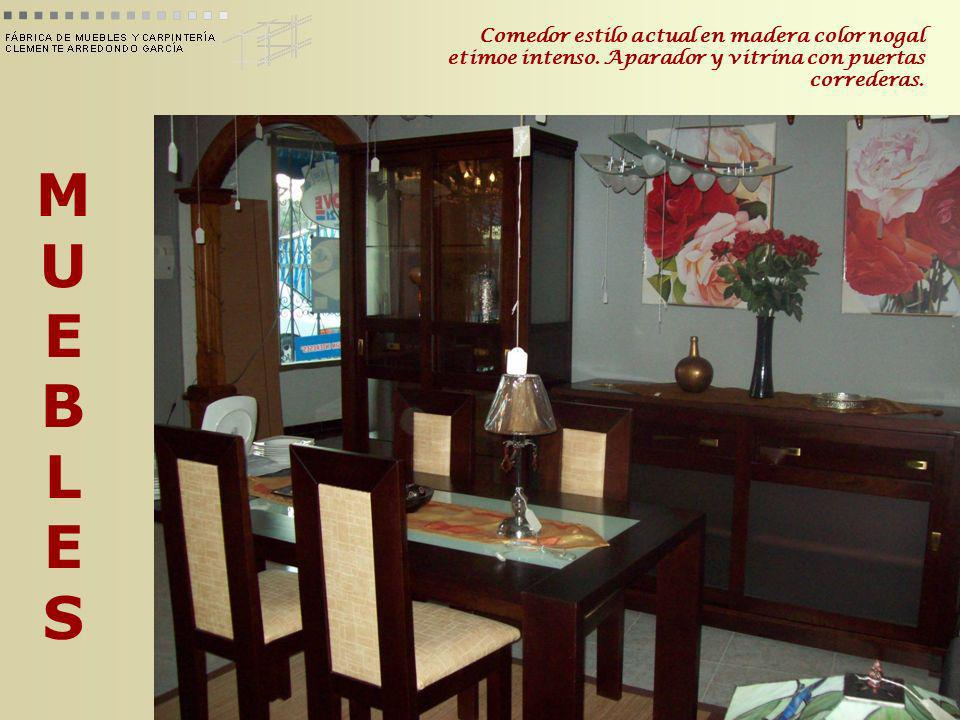 Comedor estilo actual en madera color nogal etimoe intenso