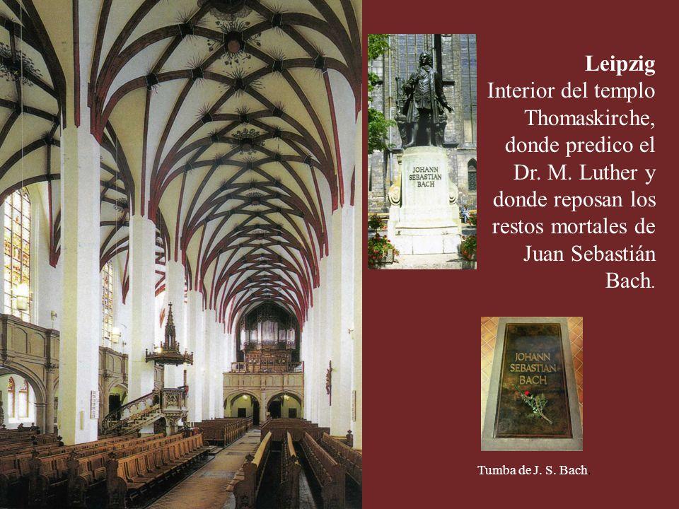 Leipzig Interior del templo Thomaskirche, donde predico el Dr. M