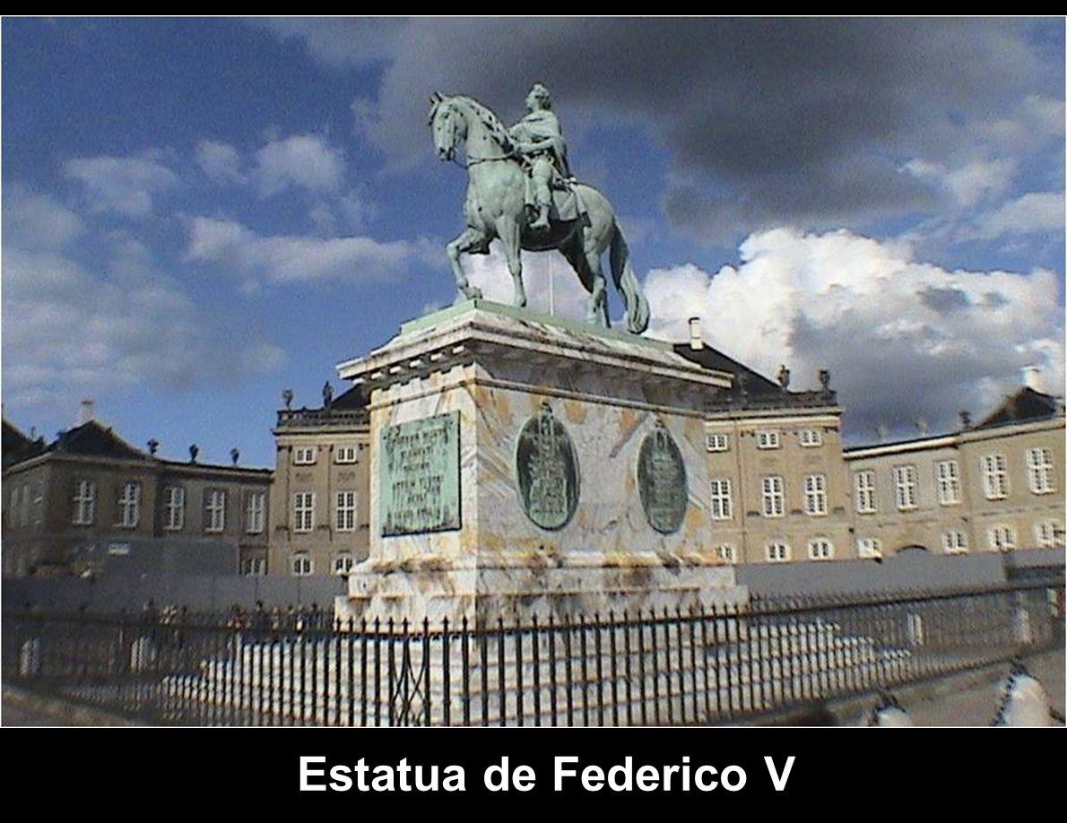 Estatua de Federico V