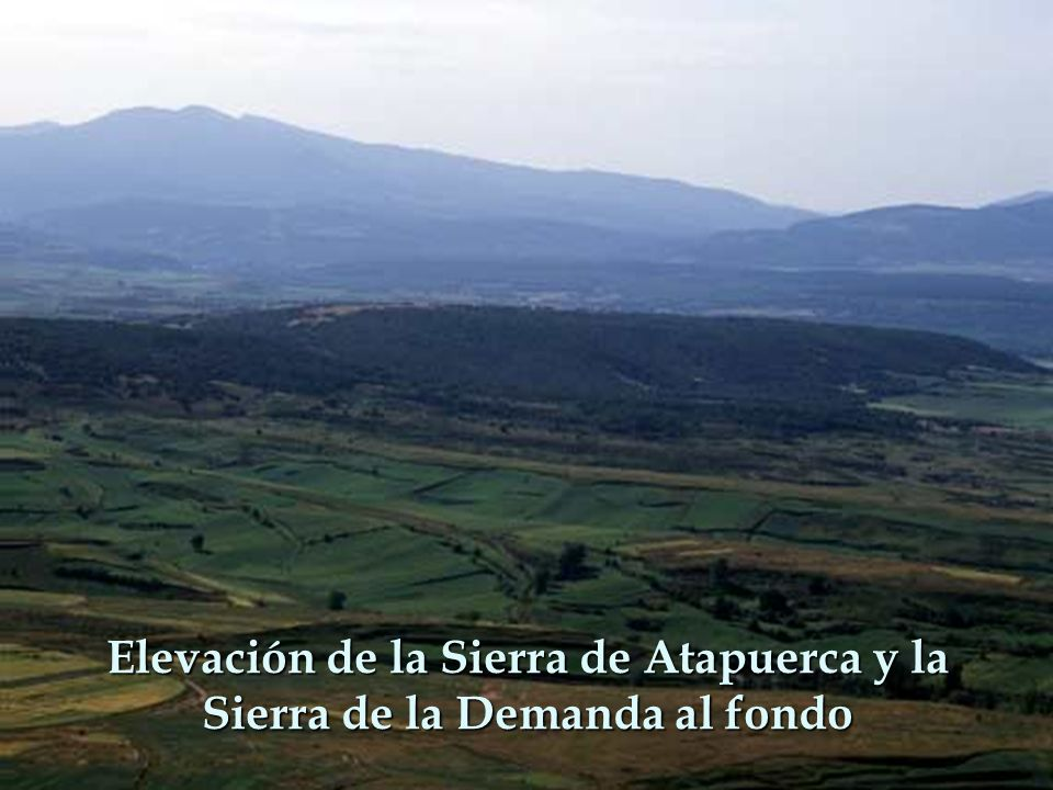 Elevación de la Sierra de Atapuerca y la Sierra de la Demanda al fondo