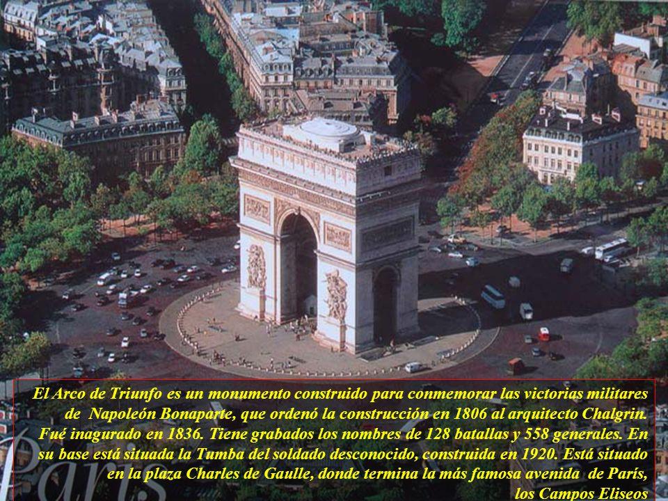 El Arco de Triunfo es un monumento construido para conmemorar las victorias militares