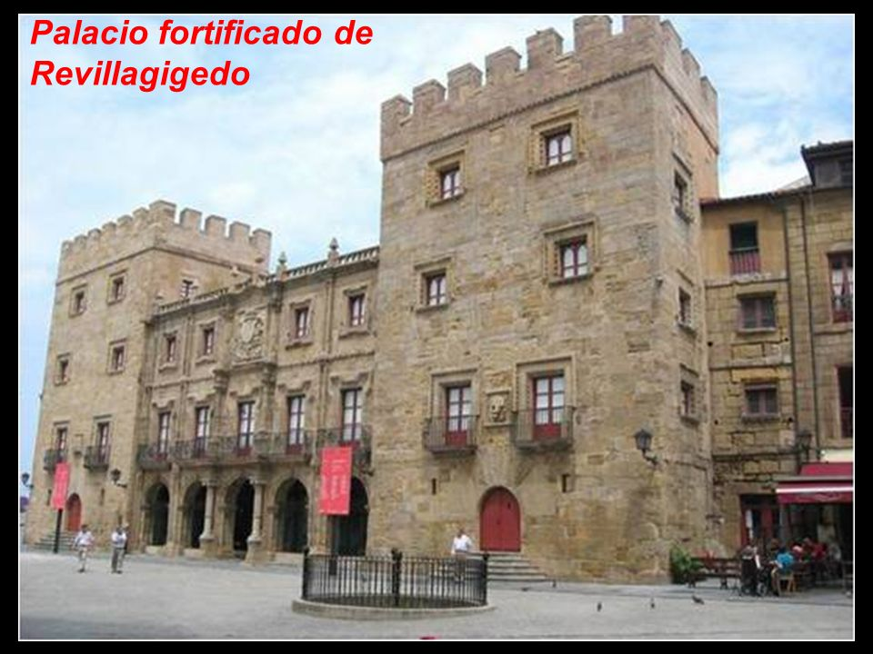 Palacio fortificado de Revillagigedo