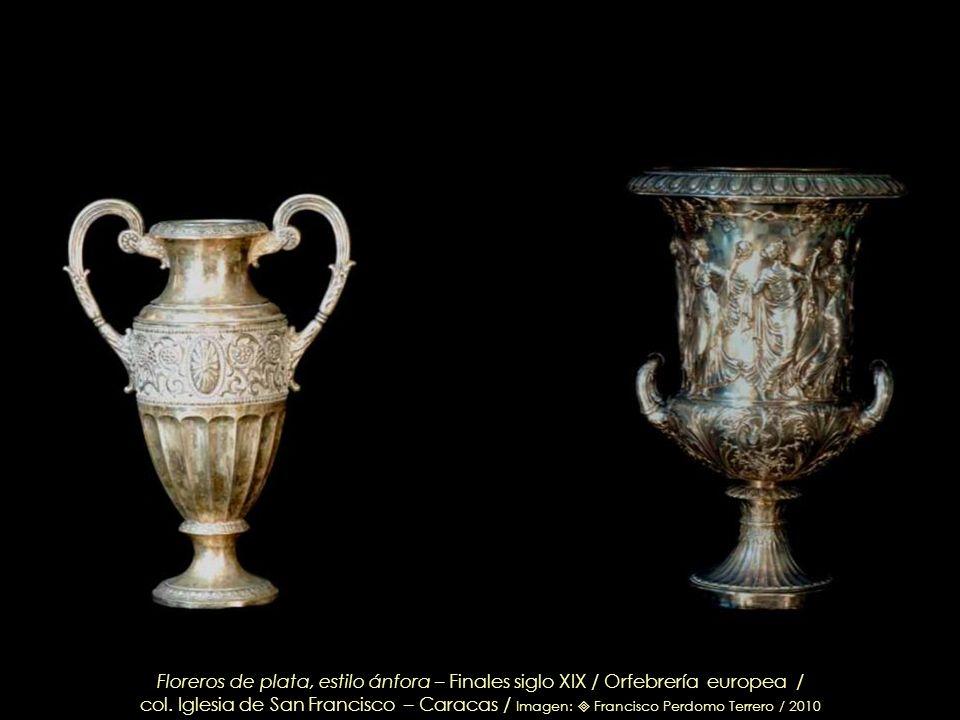 Floreros de plata, estilo ánfora – Finales siglo XIX / Orfebrería europea /