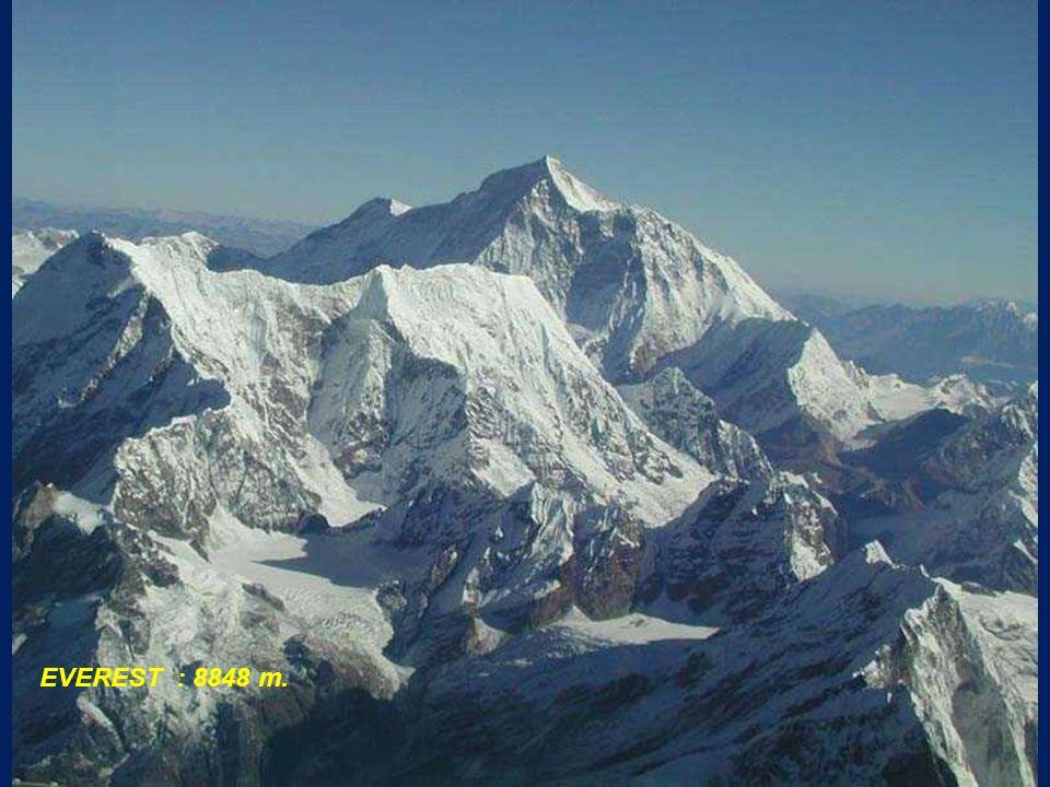 EVEREST : 8848 m.