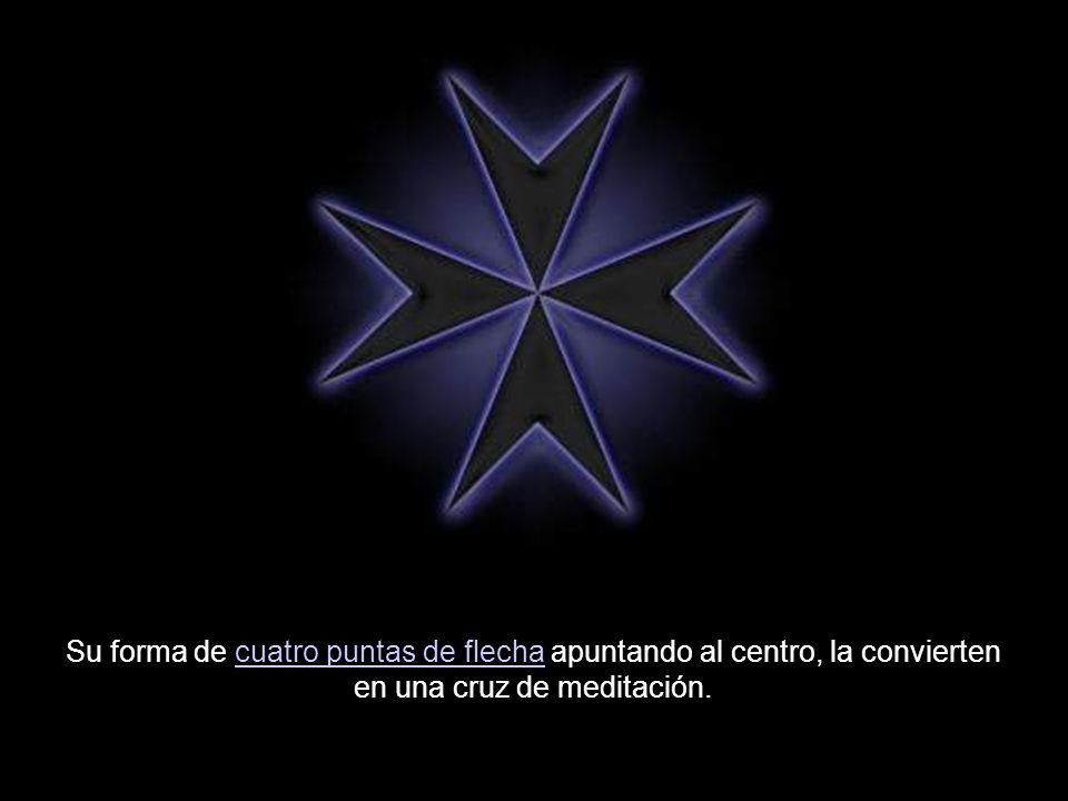Su forma de cuatro puntas de flecha apuntando al centro, la convierten en una cruz de meditación.