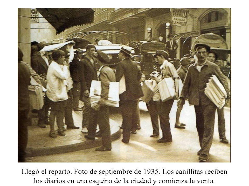 Llegó el reparto. Foto de septiembre de 1935