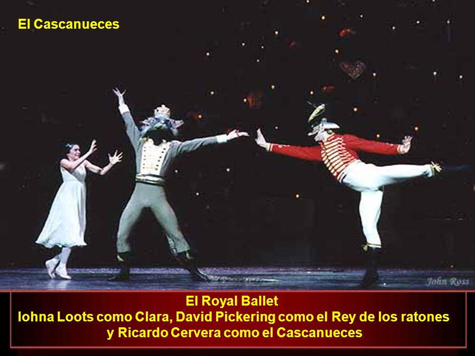 Iohna Loots como Clara, David Pickering como el Rey de los ratones