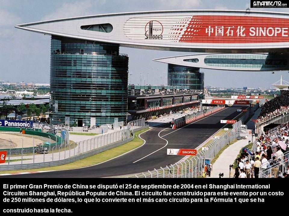 El primer Gran Premio de China se disputó el 25 de septiembre de 2004 en el Shanghai International Circuiten Shanghai, República Popular de China.