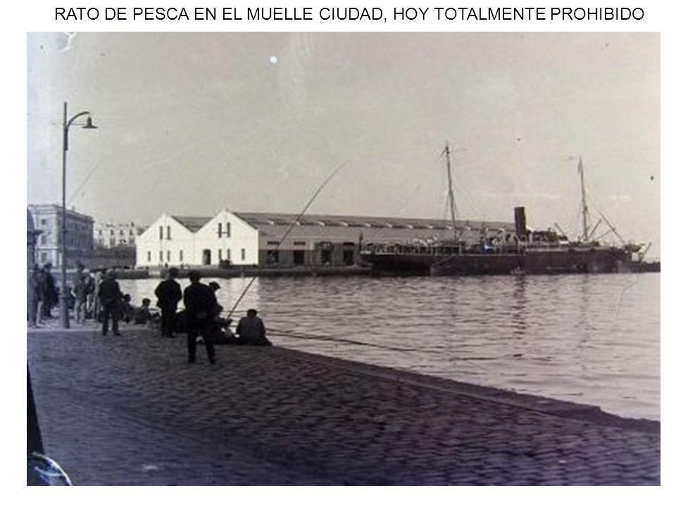 RATO DE PESCA EN EL MUELLE CIUDAD, HOY TOTALMENTE PROHIBIDO