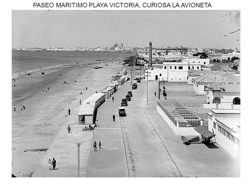 PASEO MARITIMO PLAYA VICTORIA, CURIOSA LA AVIONETA