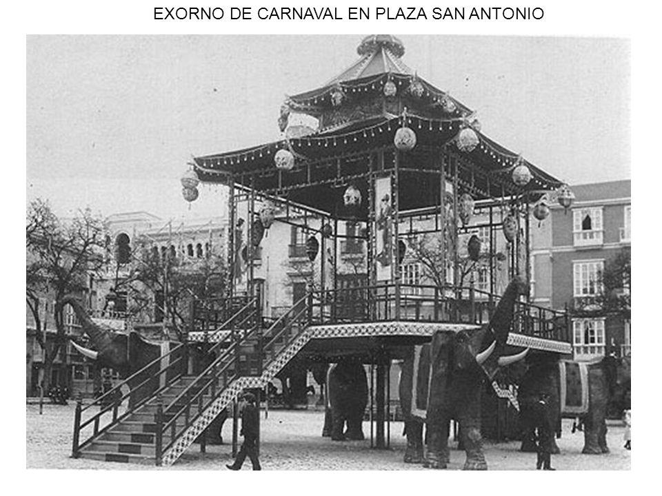 EXORNO DE CARNAVAL EN PLAZA SAN ANTONIO