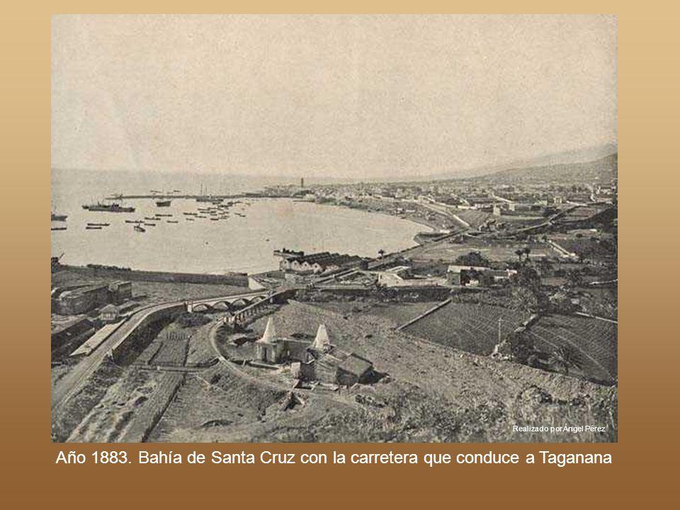 Año 1883. Bahía de Santa Cruz con la carretera que conduce a Taganana