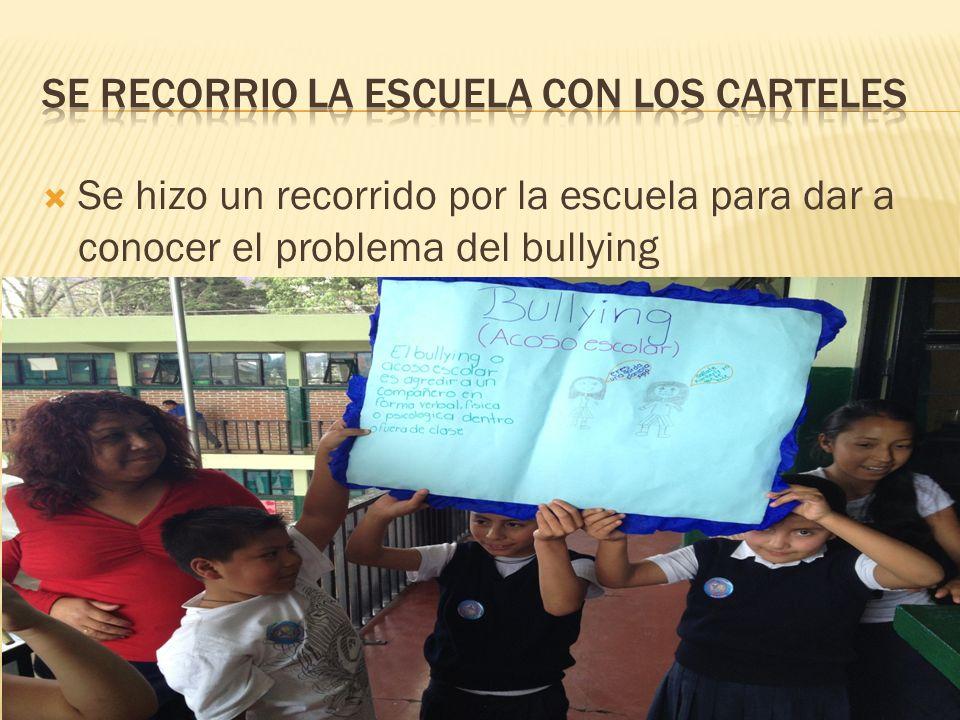 Se recorrio la escuela con los carteles
