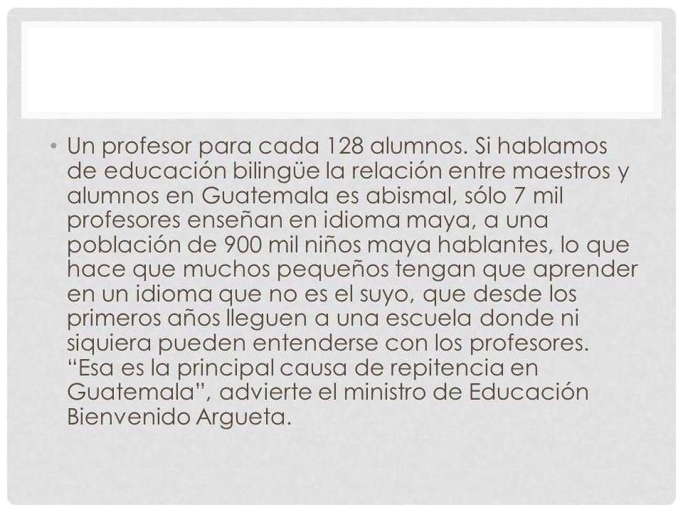 Un profesor para cada 128 alumnos