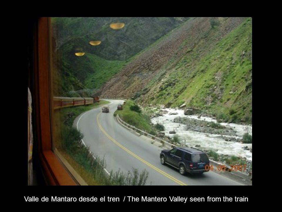 Valle de Mantaro desde el tren / The Mantero Valley seen from the train