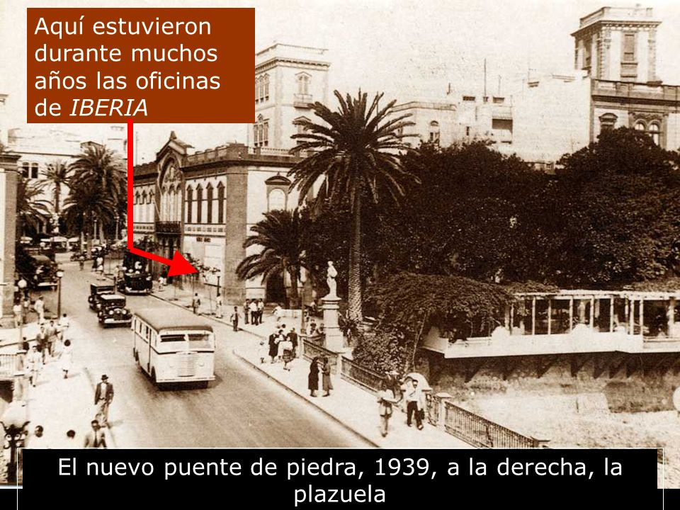 El nuevo puente de piedra, 1939, a la derecha, la plazuela