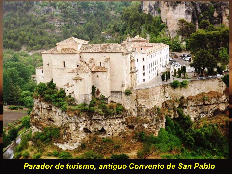 Parador de turismo, antiguo Convento de San Pablo