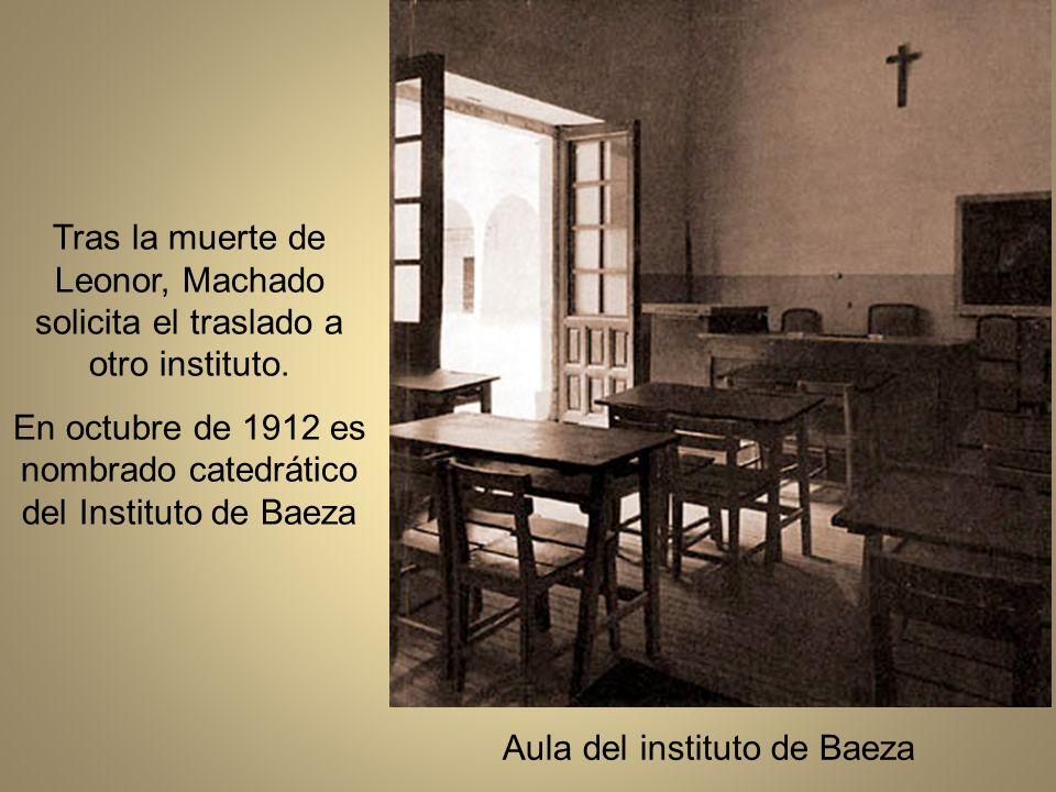 En octubre de 1912 es nombrado catedrático del Instituto de Baeza