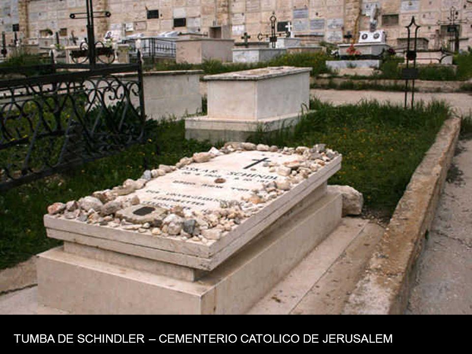 TUMBA DE SCHINDLER – CEMENTERIO CATOLICO DE JERUSALEM