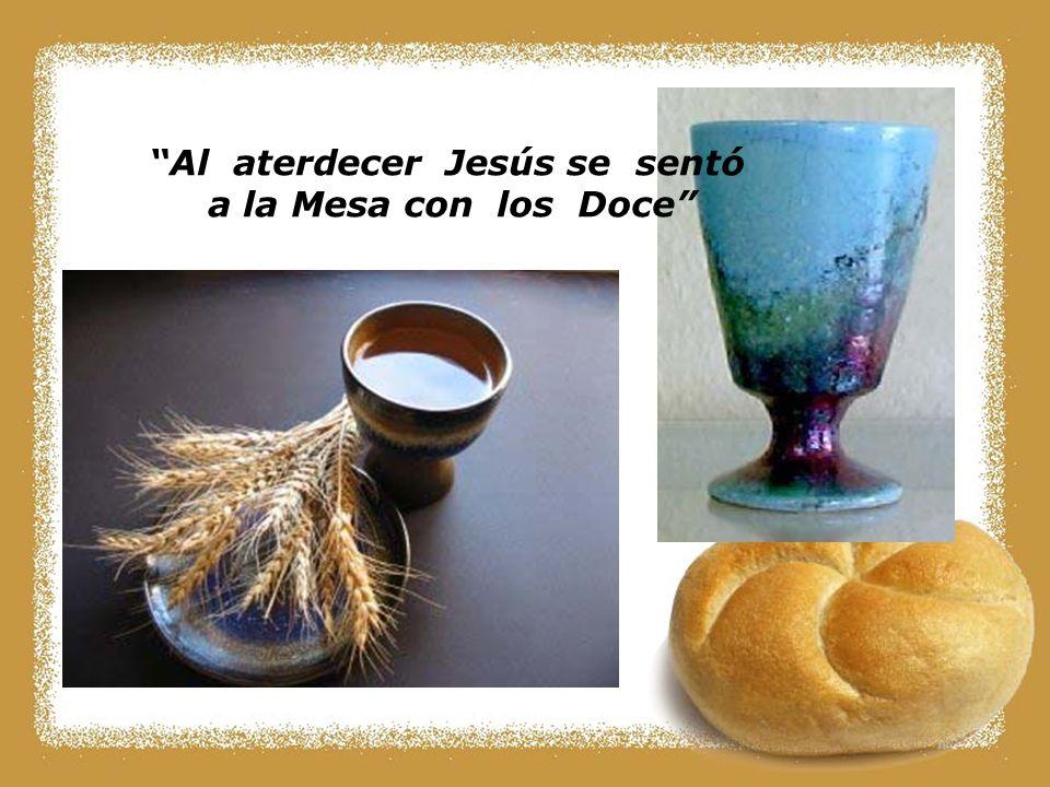 Al aterdecer Jesús se sentó