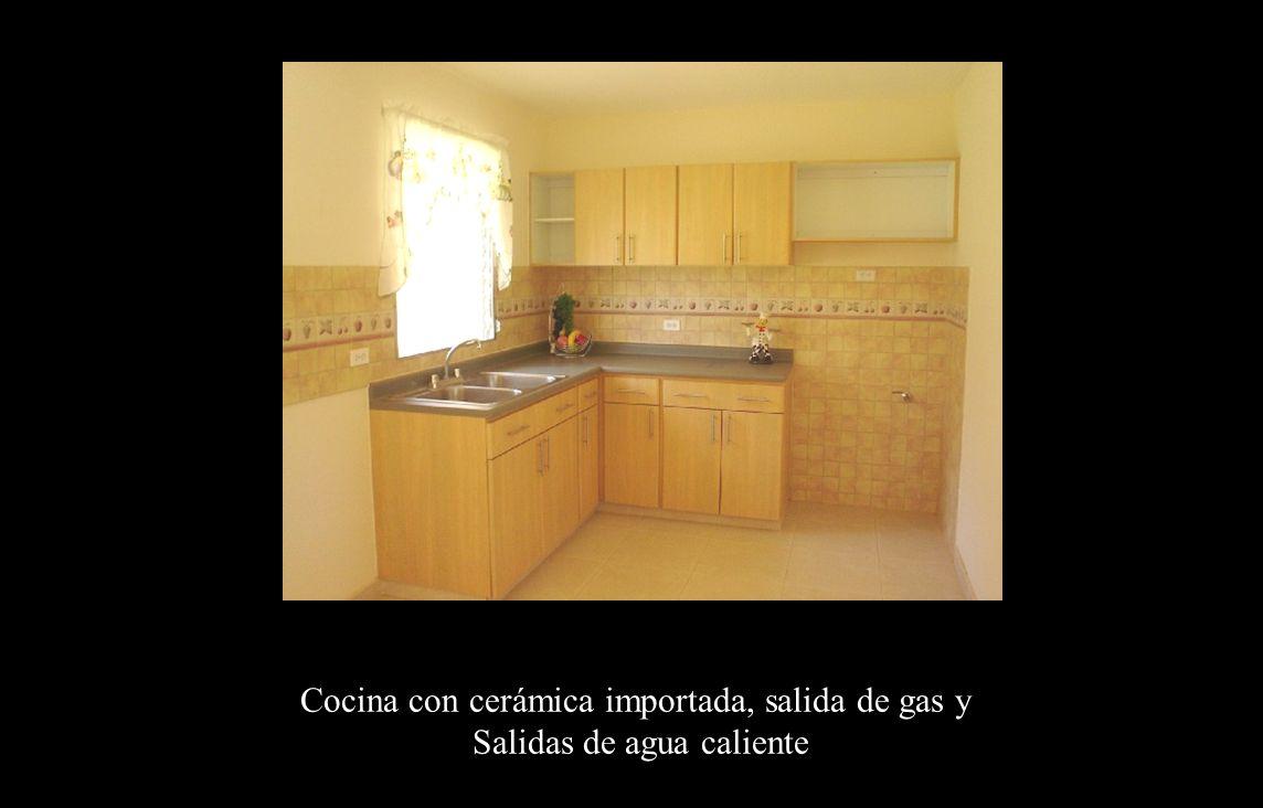 Cocina Cocina con cerámica importada, salida de gas y