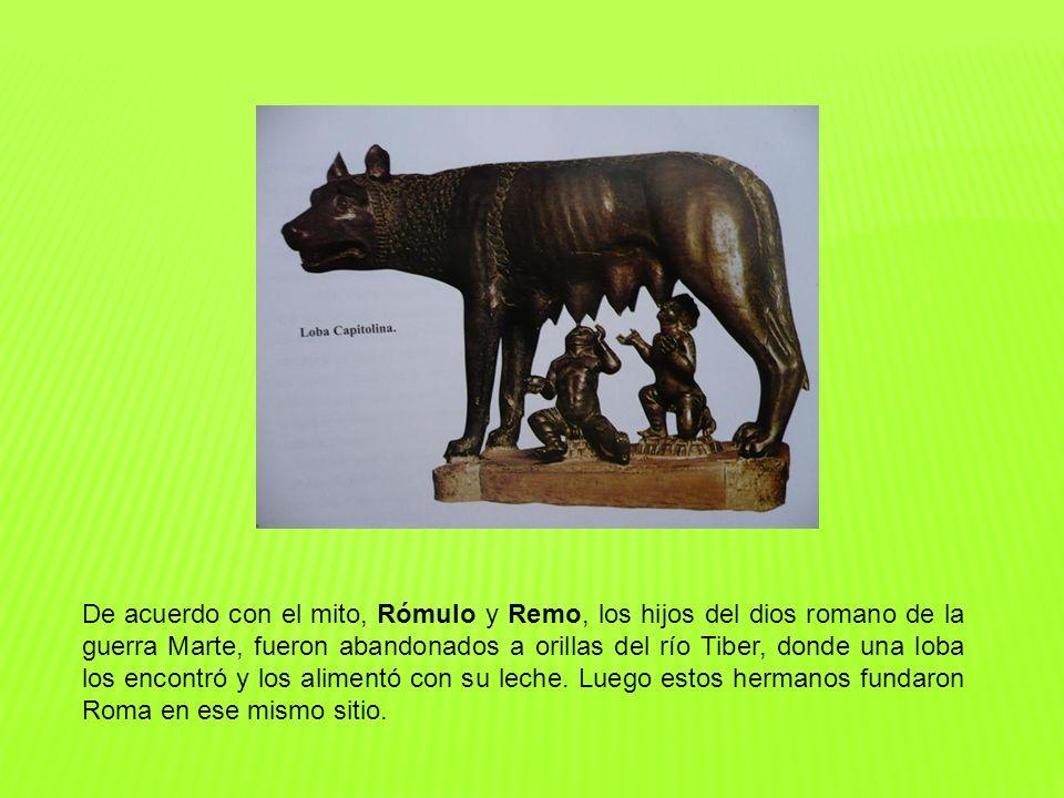De acuerdo con el mito, Rómulo y Remo, los hijos del dios romano de la guerra Marte, fueron abandonados a orillas del río Tiber, donde una loba los encontró y los alimentó con su leche.