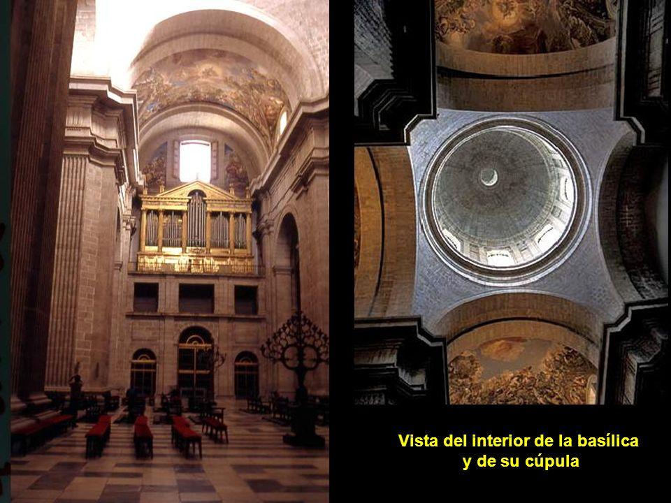 Vista del interior de la basílica
