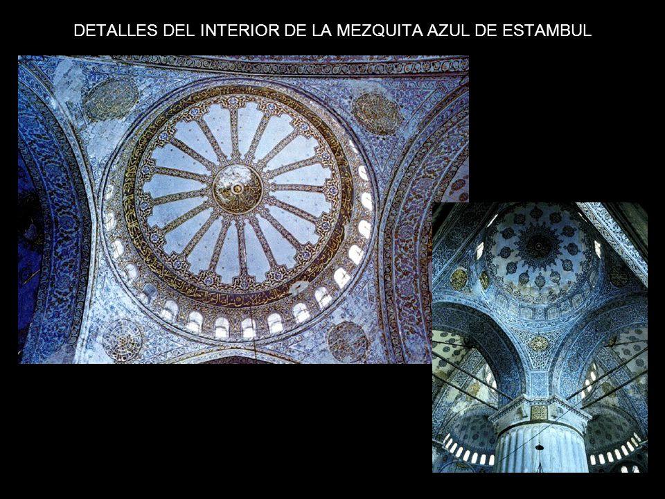 DETALLES DEL INTERIOR DE LA MEZQUITA AZUL DE ESTAMBUL