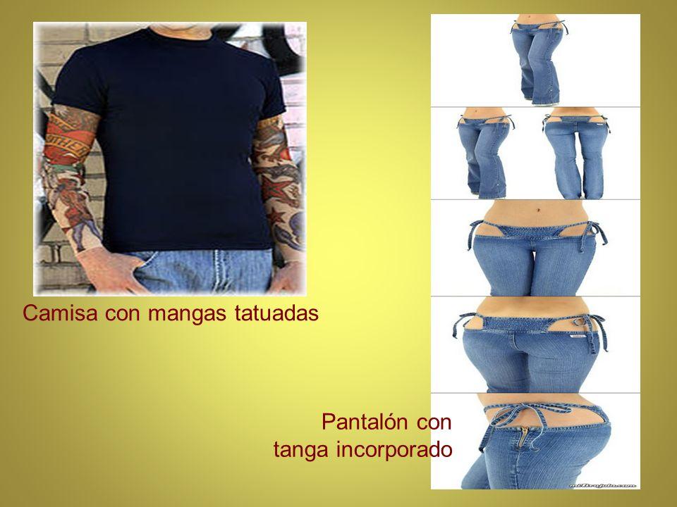 Camisa con mangas tatuadas