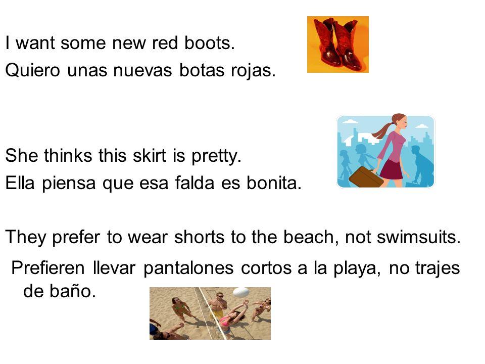 Prefieren llevar pantalones cortos a la playa, no trajes de baño.