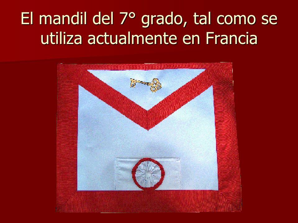 El mandil del 7° grado, tal como se utiliza actualmente en Francia