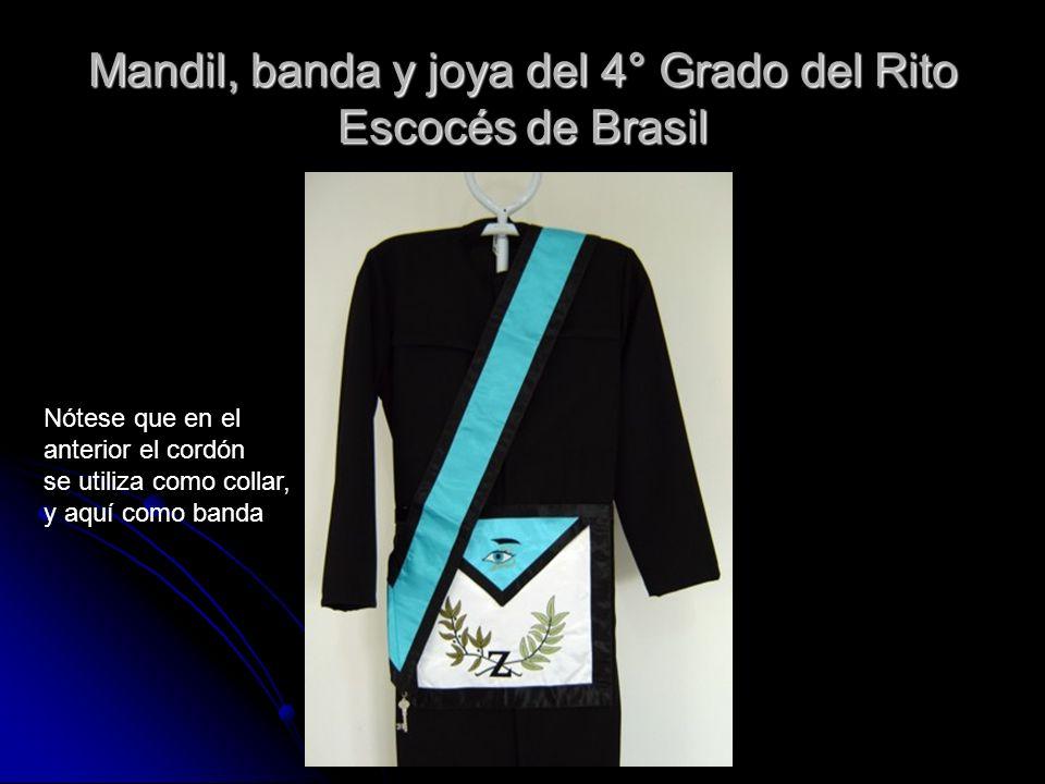 Mandil, banda y joya del 4° Grado del Rito Escocés de Brasil