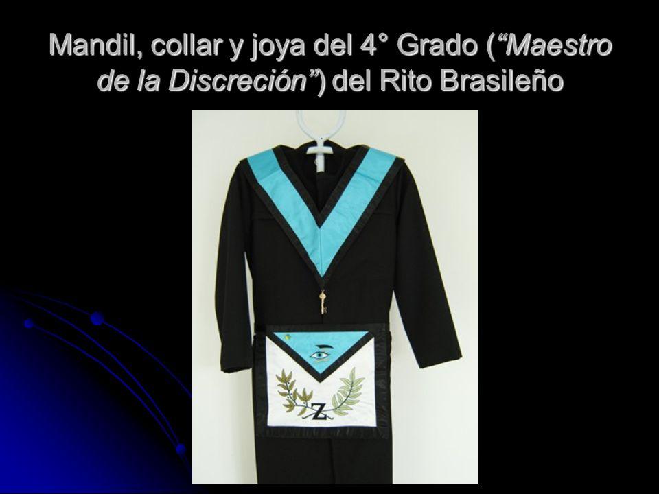Mandil, collar y joya del 4° Grado ( Maestro de la Discreción ) del Rito Brasileño