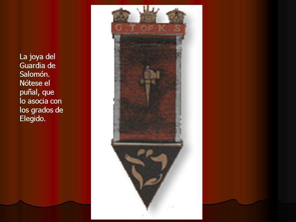 La joya del Guardia de Salomón. Nótese el puñal, que lo asocia con los grados de Elegido.