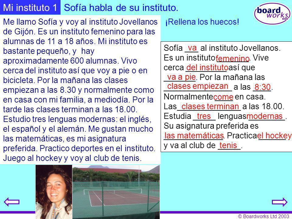 Sofía habla de su instituto.