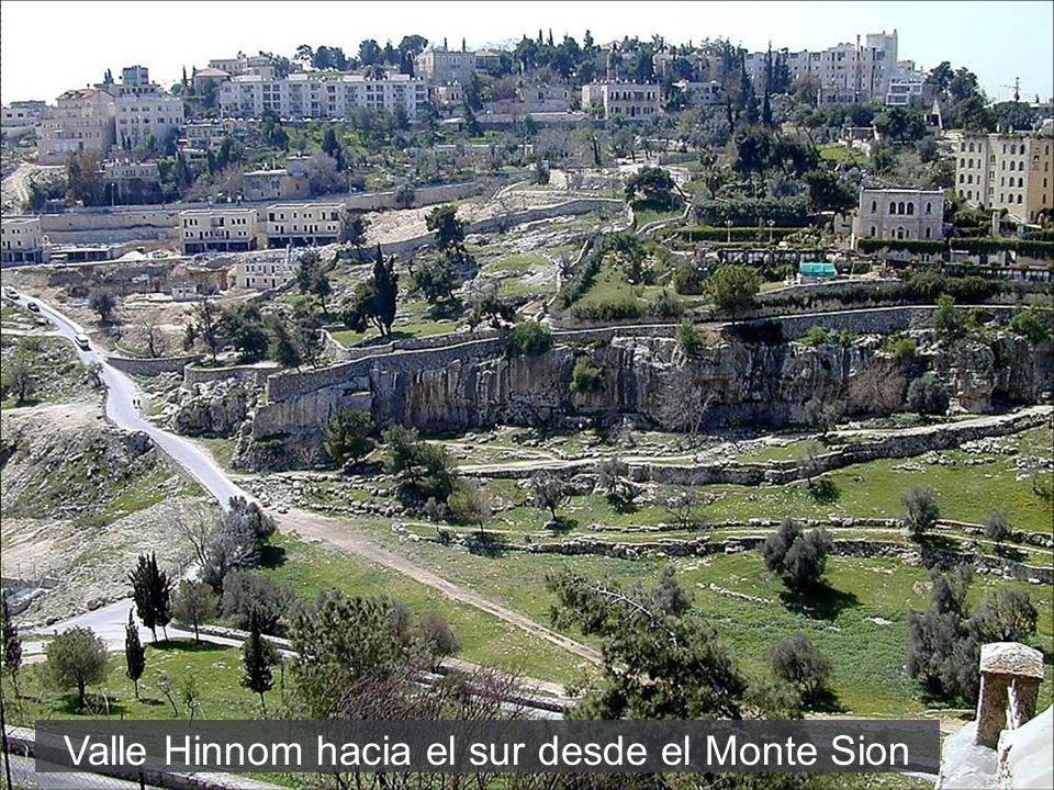 Valle Hinnom hacia el sur desde el Monte Sion