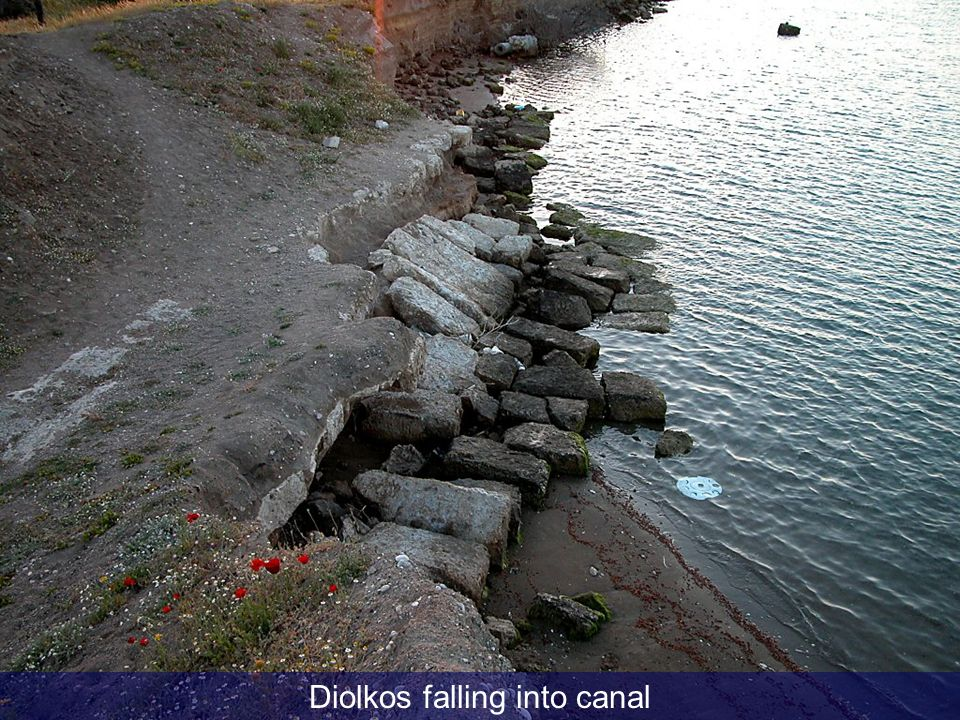 Diolkos falling into canal