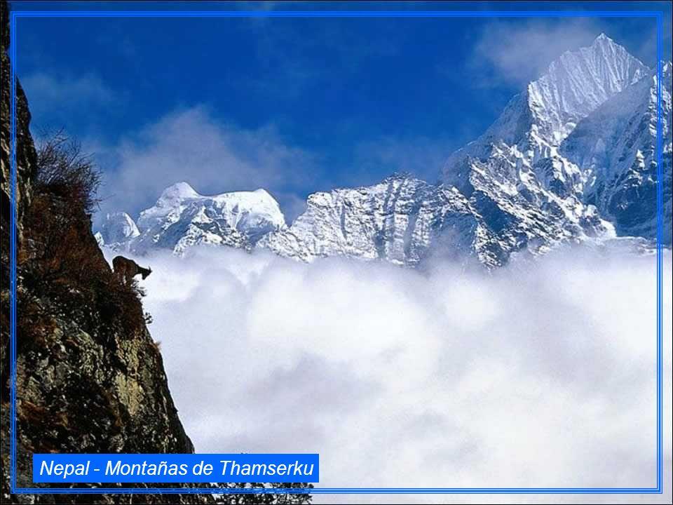 Nepal - Montañas de Thamserku