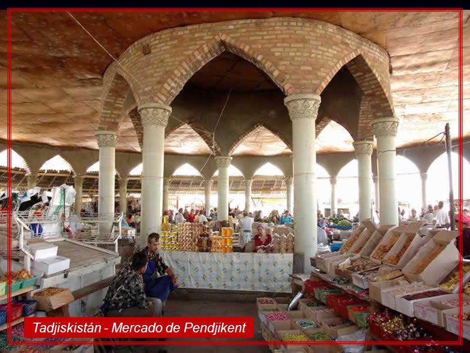 Tadjiskistán - Mercado de Pendjikent