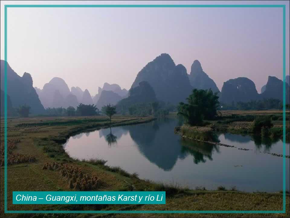 China – Guangxi, montañas Karst y río Li