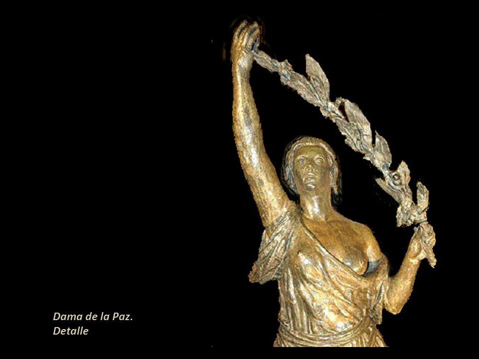 Dama de la Paz. Detalle