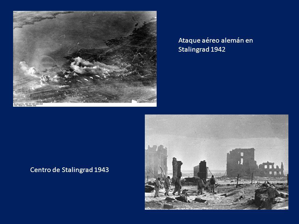 Ataque aéreo alemán en Stalingrad 1942