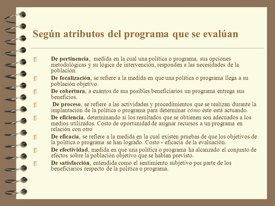 Según atributos del programa que se evalúan