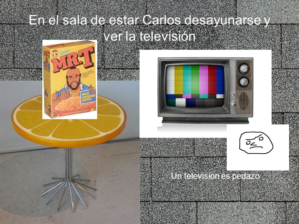 En el sala de estar Carlos desayunarse y ver la televisión