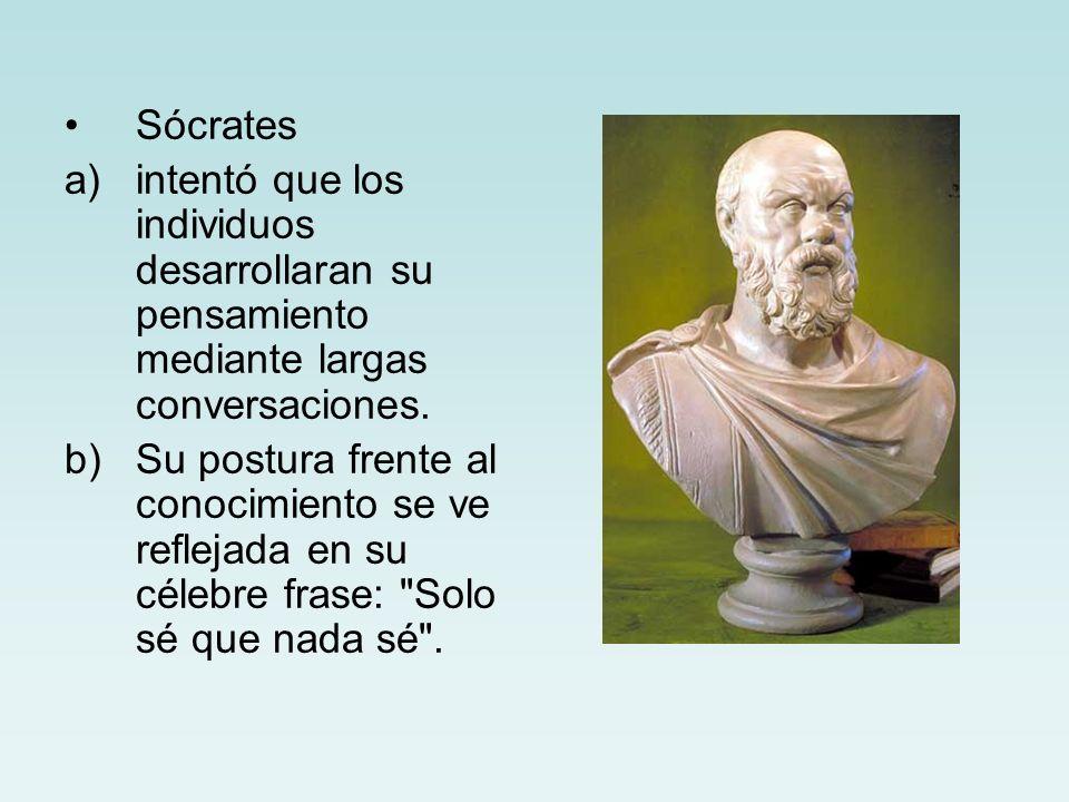 Sócrates intentó que los individuos desarrollaran su pensamiento mediante largas conversaciones.