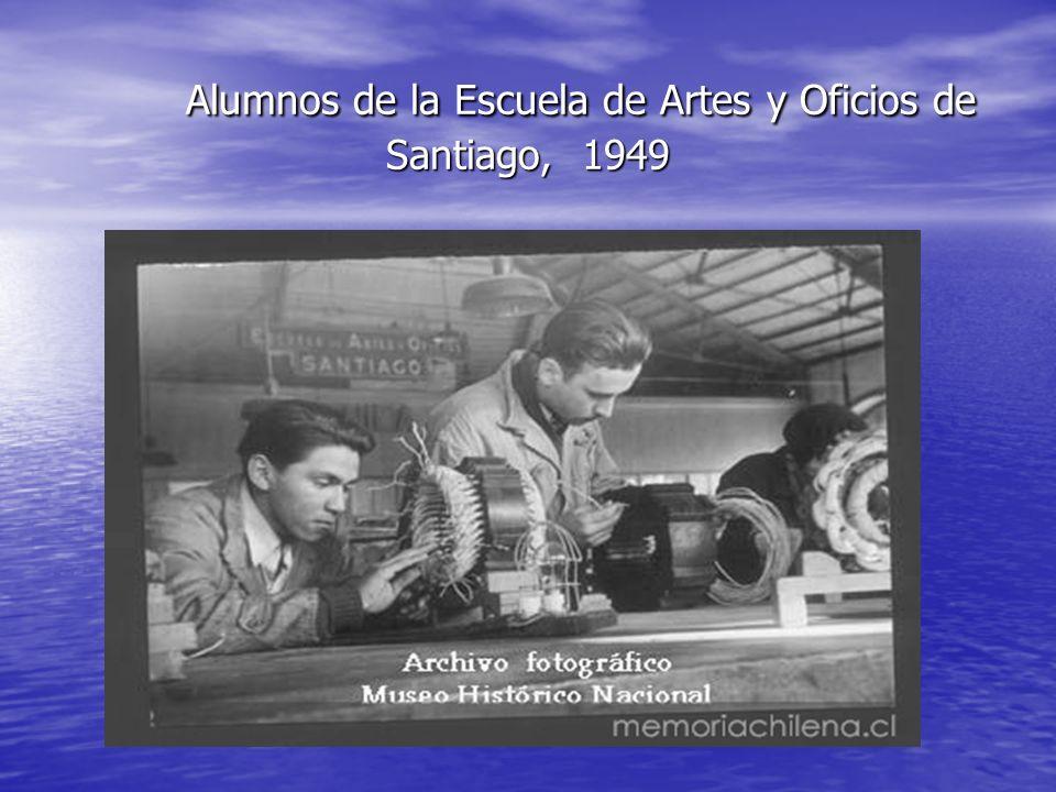 Alumnos de la Escuela de Artes y Oficios de Santiago, 1949