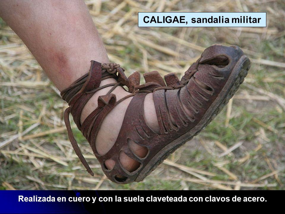 CALIGAE, sandalia militar