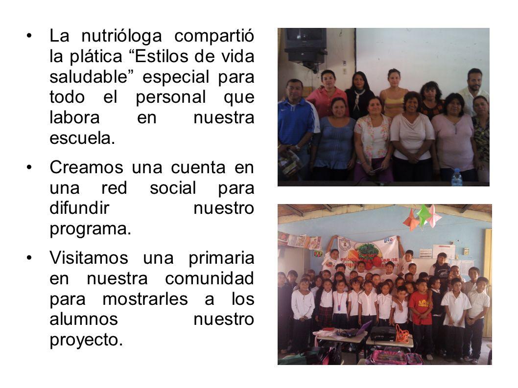La nutrióloga compartió la plática Estilos de vida saludable especial para todo el personal que labora en nuestra escuela.